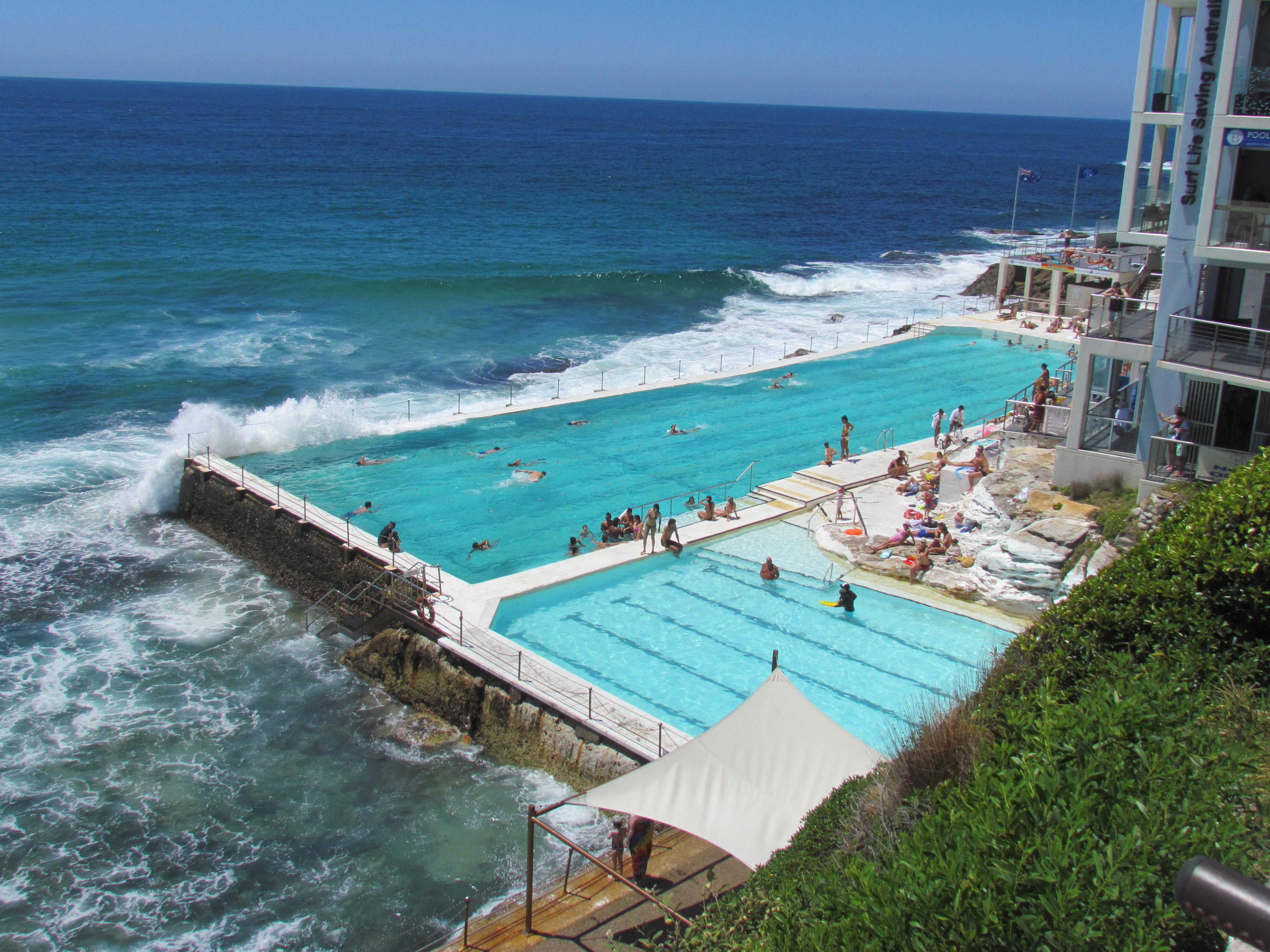 Icebergs dining room and bar best jazz pinot amazing icebergs cool pool below icebergs dining room and bar dzzzfo