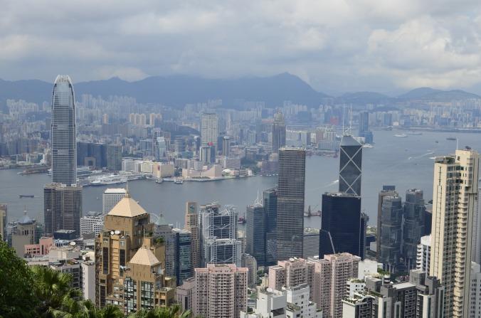 hong-kong-skyscrapers-1684327_1920