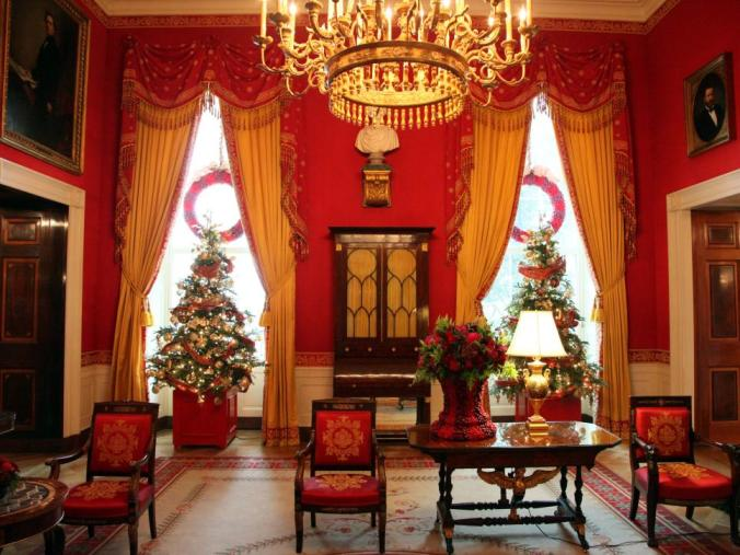 simple gifts_hgtv red room view