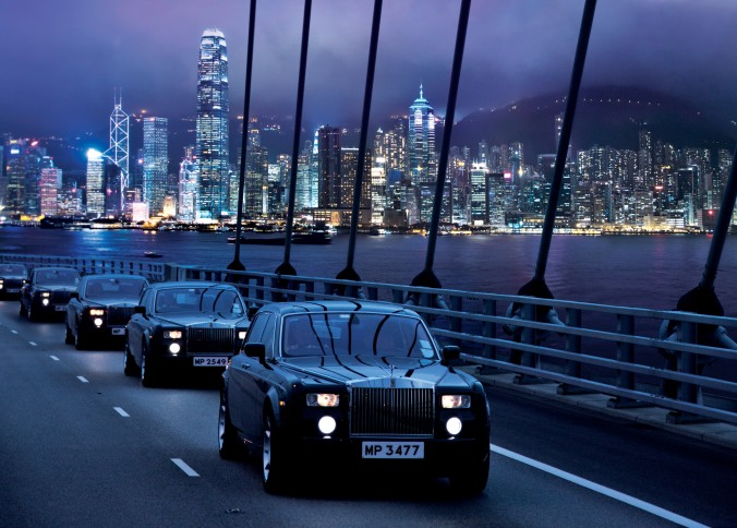 The Rolls-Royce Fleet on Tsing Ma Bridge (horizontal - mid)